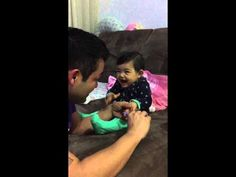 Adorable baby fakes crying when daddy tries to cut her fingernails - FunSubstance TV Funny Babies, Funny Kids, Cute Babies, Adorable Petite Fille, Baby Nails, Funny Baby Pictures, Cute Gif, Pranks, Thanks