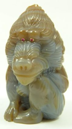 104: EARLY 20th CENTURY AGATE BABOON FIGURE A DENISOFF : Lot 104