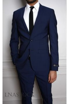 Men's Suits - Costume slim Lanificio T.G di Fabio bleu Costume Garçon, Mode Costume, Wedding Dress Suit, Wedding Suits, Dapper Gentleman, Dapper Men, Costume Marie Bleu, Fashion Mode, Mens Fashion