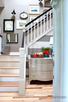 Nesting: My Cheery Fall Entry! - The Inspired Room Cozy up the entry with cheery fall colors! A dresser makes the perfect fall hiding space for entryw Stair Wall Decor, Stair Walls, Style At Home, Console Table, Wood Railing, Railing Ideas, Banisters, Hidden Spaces, Entrance Decor