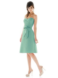 Alfred Sung Style D437 http://www.dessy.com/dresses/bridesmaid/d437/