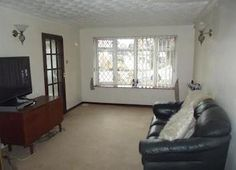 Property for sale in Masefield Drive, Tamworth B79 - Zoopla