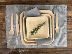 Elegant, and rustic go together so well! Set a beautiful table with a rustic touch at your wedding, party, or event. Don't worry, cleanup is so easy with recyclable partyware.