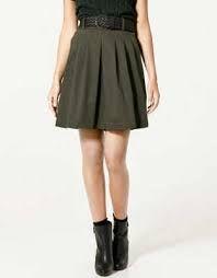 Resultado de imagen para las minifaldas con cinturones