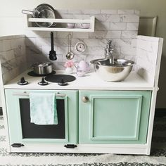 A roundup of 25 of the cutest DIY play kitchens. build your own kids toy kitchen from a vintage converted TV stand, night stand, dresser or from an entertainment center. These are great for girls or for boys. Diy Furniture Redo, Reclaimed Furniture, Vintage Industrial Furniture, Baby Furniture, Repurposed Furniture, Furniture Plans, Furniture Design, Furniture Market, Bedroom Furniture