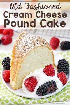 Old-Fashioned Cream Cheese Pound Cake Looking for the perfect dessert? This Old-Fashioned Cream Cheese Pound Cake is ideal for ANY occasion! Dessert Parfait, Oreo Dessert, Dessert Table, Köstliche Desserts, Dessert Recipes, Cream Cheese Pound Cake, Pound Cake Recipes, Pound Cakes, Easter Recipes