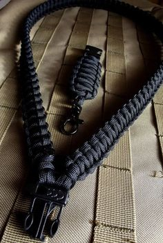 Solid Black Heavy Duty 550 Paracord Survival Lanyard by c2zinn I could actually make this for my skates lanyard.