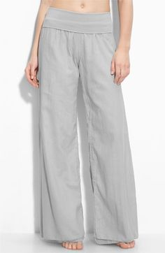 Nordstrom Pants - leaving spandex, moving on to travel pants. Sewing Pants, Sewing Clothes, Vetements Clothing, Honeymoon Outfits, Honeymoon Clothes, Travel Pants, Pantalon Large, Learn To Sew, Diy Clothing