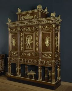 Le louvre napol on and appartements on pinterest for Garde meuble fontainebleau
