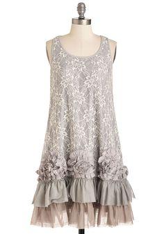 Ryu Boho Mid-length Sleeveless Shift Frill-ness Is the Move Dress Retro Vintage Dresses, Vintage Stil, Vintage Outfits, Mod Dress, Ruffle Dress, Gray Dress, Fancy Dress, Dressy Dresses, Cute Dresses