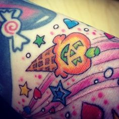 Lisa Frank inspired tattoos? Um, yes. Why didn't I think of that before? | 31 Super Cute Tattoos For '90s Girls