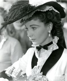 Vivien Leigh ~ Scarlett O'Hara. Happy late birthday to gorgeous fellow 5th of November born :)