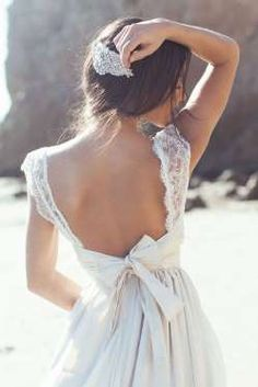 Robe Anna Campbell-> Voir le pin - Fournis par Glamour