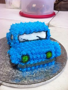 Front car cake