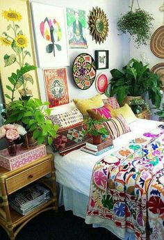 What a happy room!!!