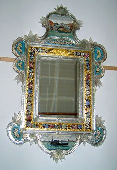 Venetian mirror with micrmosaic frame end of centaury Ornate Mirror, Vintage Mirrors, Wood Mirror, Vintage Wood, Sun Mirror, Venetian Glass, Venetian Mirrors, Antique Glass, Murano Glass