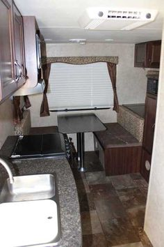 2013 Used Holiday Rambler Aluma-Lite 218RD Travel Trailer in California CA.Recreational Vehicle, rv, 2013 Holiday Rambler Aluma-Lite 218RD, This well built and meticulously maintained all aluminum construction travel trailer has many options and is mid-size SUV towable weighing in at just 3,640 lbs dry with 2,500 lbs of payload capacity. The manufacturer options include 15.0 BUT A/C, Micro/range hood combo, enclosed underbelly, oven w/3 burner range, CD/DVD/I-POD MP3 stereo, interior…