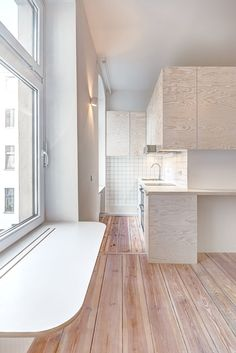 Pale wooden unit frames rooms and creates a new floor inside a Berlin micro-apartment - Design News From All Over The World Micro Apartment, Studio Apartment, Apartment Design, Berlin Apartments, Tiny Apartments, Small Space Living, Small Spaces, Micro House, Compact Living