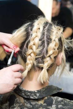 Easy 5 strand French braid   hair and beauty   Pinterest   French     70  Cute Franz    sisch Braid Frisuren  wenn Sie etwas Neues ausprobieren  m    chten
