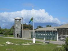Prison of Nelson Mandela of his 27 years) & many others. Tours used to be given by former inmates. From the island prison you can see Cape Town & Table Mountain. Nelson Mandela, Pretoria, Africa Continent, Cape Town South Africa, Table Mountain, African Safari, Island, World Heritage Sites, Live