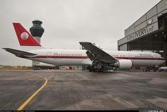 First Boeing 767-304/ER in Meridiana livery