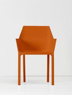Mem by Christophe Pillet - Kristalia #plasticchair #moldedchair #interiordesign