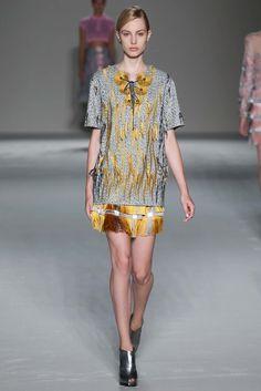 Marco de Vincenzo Spring 2015 Ready-to-Wear Collection Photos - Vogue