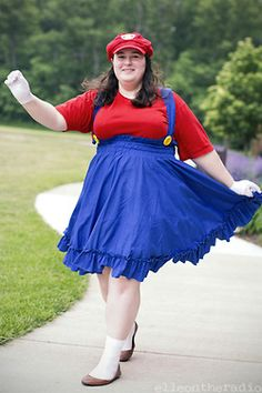cosplay plus size costume convention diy sewing mario video