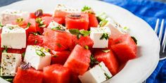 Queso Feta, Watermelon And Feta, Mint Salad, White Plates, Summer Fruit, Antipasto, Blue Backgrounds, Appetizers, Vegetarian