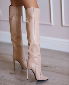 White Boots, Sexy Boots, Stiletto Boots, Heeled Boots, Thigh High Boots, Thigh Highs, Thighs, Womens Fashion, Fur