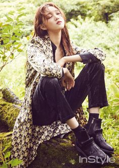 """Lee Sung Kyung, who played the misunderstood, second lead in """"Doctors"""", is shown relaxing in the woods, telling InStyle she needs regular time off for self-healing. Style Ulzzang, Ulzzang Fashion, Ulzzang Girl, Lee Sung Kyung, Korean Beauty, Asian Beauty, Kim Bok Joo, Mysterious Girl, Seong"""