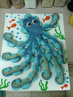 Octopus cupcake cake!