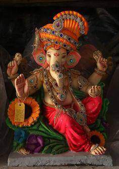 Ganesha ji pictures collection - Life Is Won For Flying (WONFY) Ganesha Drawing, Lord Ganesha Paintings, Ganesha Art, Clay Ganesha, Krishna Art, Radhe Krishna, Shri Ganesh Images, Ganesha Pictures, Lord Krishna Images
