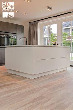 Black Sofa Living Room, Küchen Design, Interior Design, Sweet Home, Cabinet, Storage, Crochet, Outdoor Decor, Kitchen