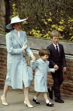 c5f795ec95a Diana and William with his cousin Peter Phillips (Princess Anne s son)  going to church at Windsor Castle. So nice to see a mother with her son i  love Diana.