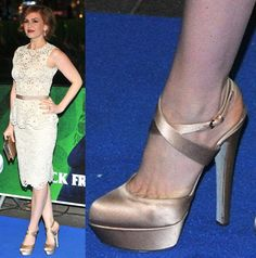 Isla Fisher Wears Sergio Rossi for the 'Rise of the Guardians' UK Premiere, Love Her Look?