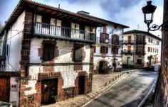 ETXALAR NAFARROA EUSKAL HERRIA / Pays Basque. Photo By Ernesto Lopez Espeleta.