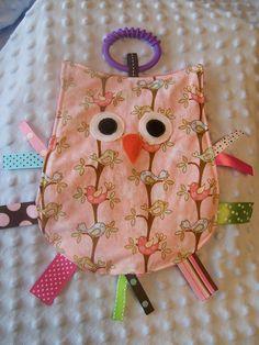 OWL Crinkle Sensory Toy Taggie in Sweet Birdies