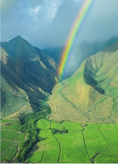 Rainbow over West Maui Mountains, Hawaii. One of my top 5 favourite places on Earth Dream Vacations, Vacation Spots, Maui Vacation, Vacation Travel, Places To Travel, Places To See, Beautiful World, Beautiful Places, West Maui
