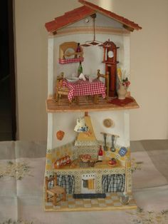 cucina in muratura Creative Crafts, Diy And Crafts, Clay Houses, Cute House, Roof Tiles, Altered Bottles, Diy Clay, Clay Creations, Dollhouse Furniture