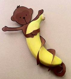 Mono con su banano