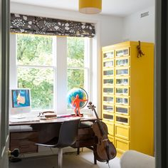 Sixties-inspired home office | Home office decorating ideas | Ideal Home | Housetohome.co.uk