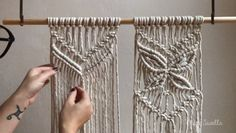 A beautiful pattern to add to any macramé project. A beautiful pattern to add to any macramé project. Macrame Design, Macrame Art, Macrame Projects, How To Macrame, Macrame Wall Hanging Patterns, Macrame Patterns, Art Macramé, Macrame Curtain, Watch