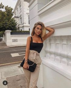 Last errands in London before the French Riviera tomorrow 🇫🇷 Wearing favorite dress from Classy Outfits, Chic Outfits, Trendy Outfits, Fashion Outfits, Fashion Mode, Look Fashion, Feminine Fashion, Fashion 2018, Fashion Trends