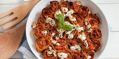 Crespelle mit feiner Tomatensauce und Feta überbacken in der KochAbo-Box am 6. Mai! Zubereitungszeit: 40 Minuten