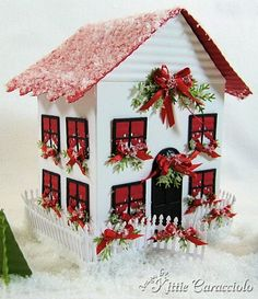 Kittie force – Christmas house - Christmas Home Decorations Christmas Village Houses, Putz Houses, Christmas Villages, Fairy Houses, Miniature Christmas, Christmas Home, House Template, Paper Houses, Cardboard Houses