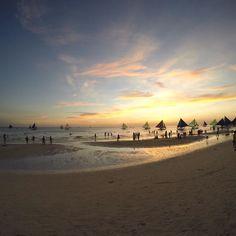Boracay island! #philippines #whitebeach #sunset #sailboat #travelgram #gopro #philandemmaseetheworld by travel.bug87