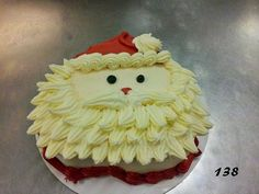 This tiny Santa is a great cake to share with a friend!