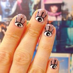 Eye see you by WAH Nails