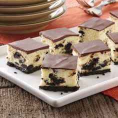 Oreo cheesecake bites. Yes, please. Recipe makes enough to feed a crowd.